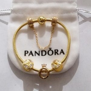 Pandora gold shine bracelet+4pandora charms set